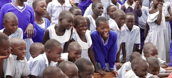 Ugandan students continue their studies on October 15